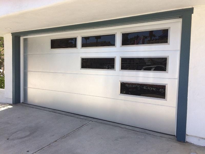 How Customized Aluminum Garage Doors Keep Your Car Safe From Intruders