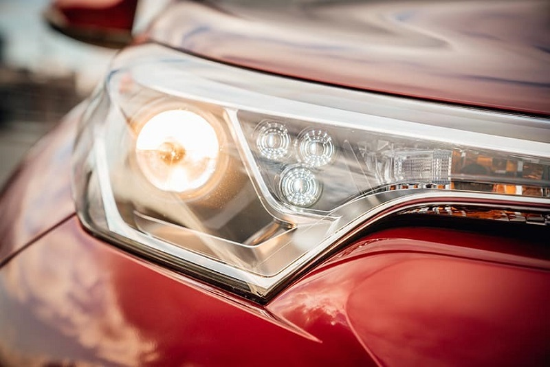 What Are The Different Types Of Car Headlights You Need To Know About