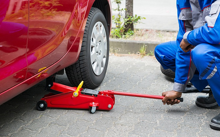 What Is An Aluminum Floor Jack And How It Works For Bikes And Cars