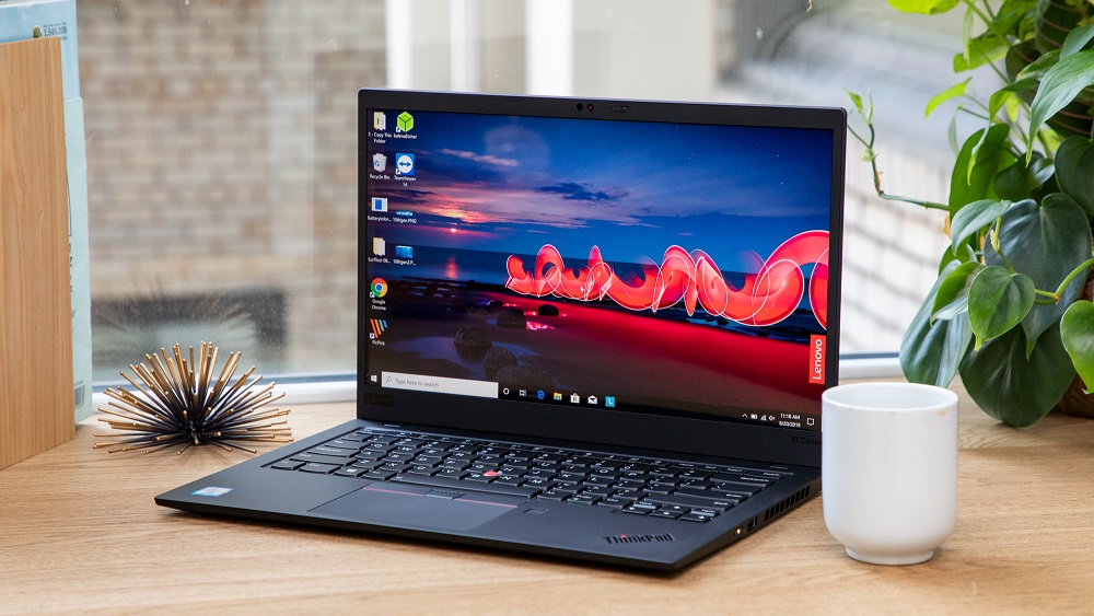 What are the considerations while purchasing a Laptop?