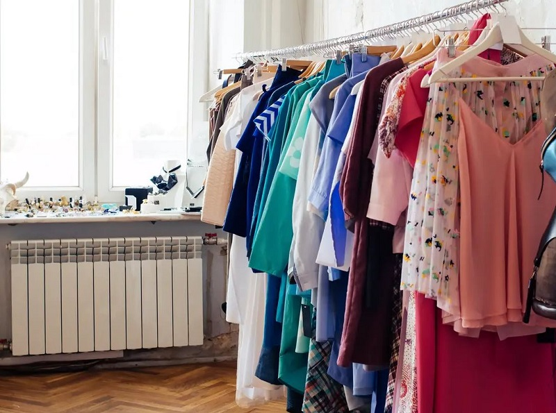 What Are The Key Things You Should Know Before Selling Second Hand Clothes Online