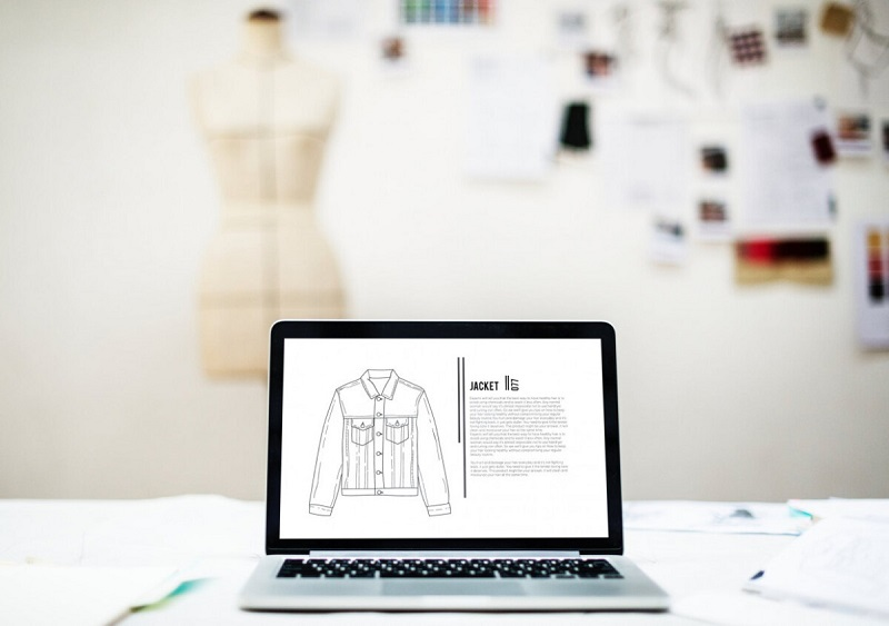 Comparing Technology And Fashion World