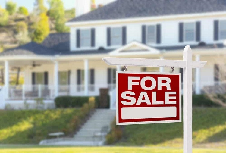 How Is Proper Roofing Conducive To A Property For Resale
