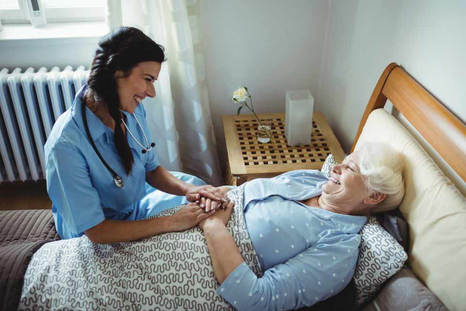 How to Consider Hiring Home Care Service Providers in Connecticut by Internet Search