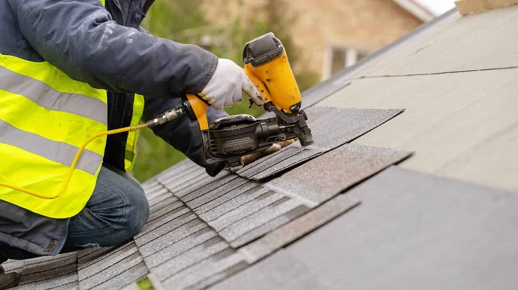 What Are The Tips For Finding A Roof Repairing Service