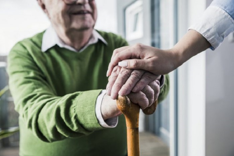 Kansas Home Care Services Offer 5 Important Benefits